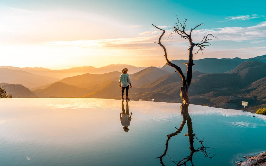 hiking-ultimate-hierve-el-agua-oaxaca-mexico